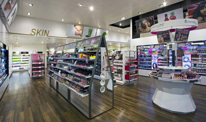 Superdrug-store-by-Dalziel-and-Pow-London-02
